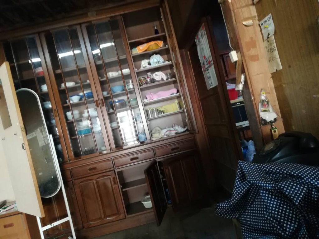食器棚の回収