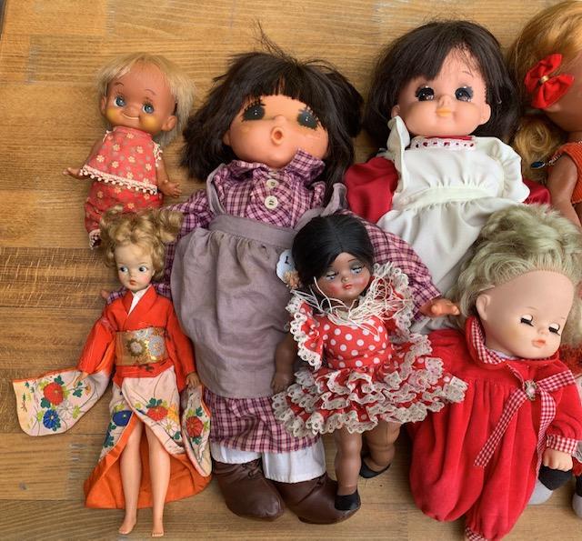 古い人形 古いぬいぐるみ 捨てる まとめ