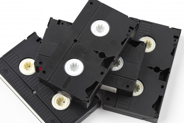 ビデオテープ 大量 捨てる