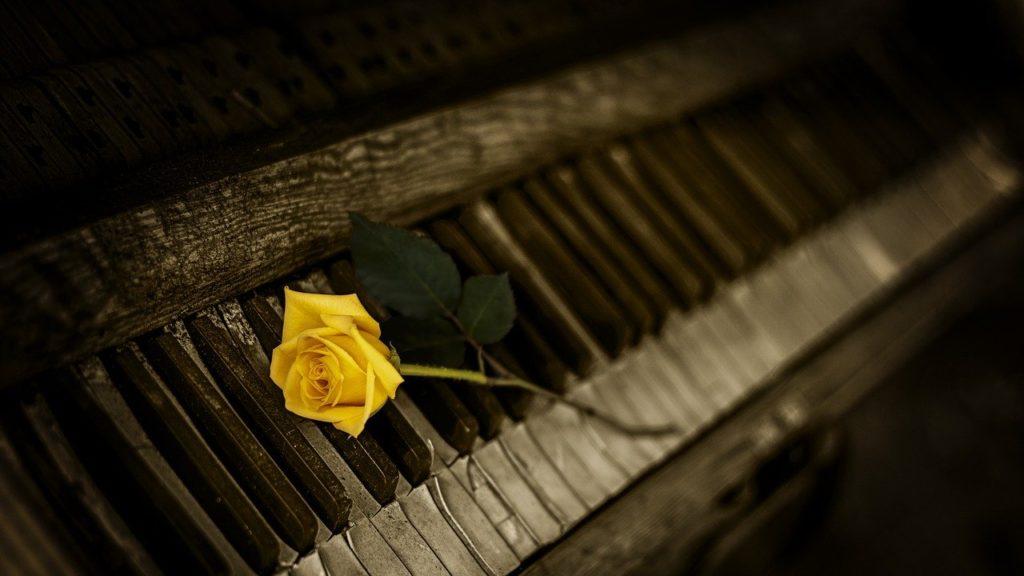 古いピアノ 買取